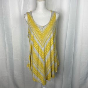 Cato Woman Gray and Yellow Keyhole Back Top